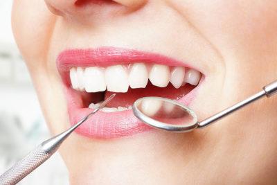 Eksik dişlere implant tedavisi