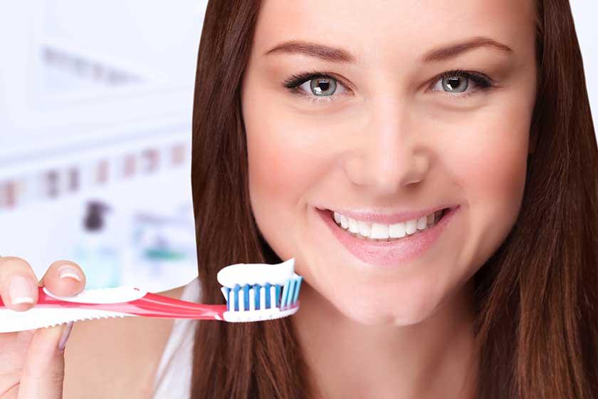 Dilinizi Fırçalamanız Neden Gereklidir